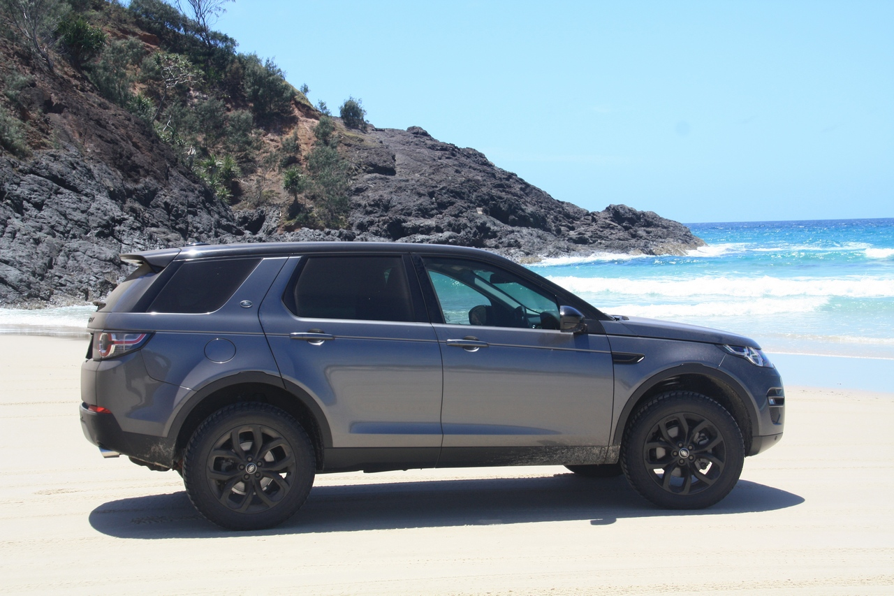 Discovery Sport Lifted >> 19 Inch Rims With At Tyres And Spring Lift Land Rover Discovery