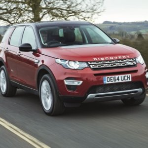 discovery sport red