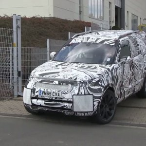 Land Rover Discovery 5 Prototype Nurburgring